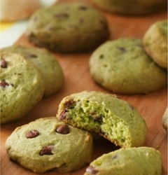 Matcha Chocolate Chip Rice Cookie